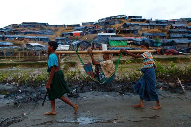 مقامی انتظامیہ اور قانون نافذ کرنے والے اداروں کو ہدایت دی گئی ہے کہ روہنگیائی شہریوں کیلئے مختص کیے گئے کوکس بازارضلع سے باہر کوئی بھی روہنگیائی نہ جائیں ،اس کو یقینی بنایا جائے۔