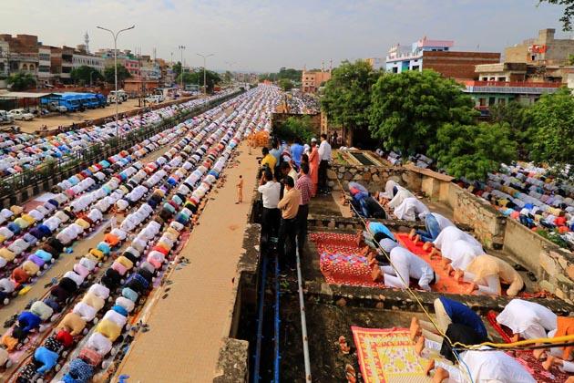 جے پور میں نماز عید الاضحی کا ایک منظر