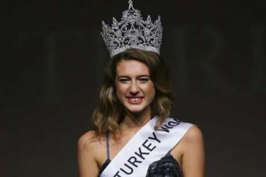 متنازع ٹویٹ کی وجہ سے ترک دوشیزہ سے چھنا ملکہ حسن کا تاج ، پڑھیں کیا کہا تھا اس نے ؟
