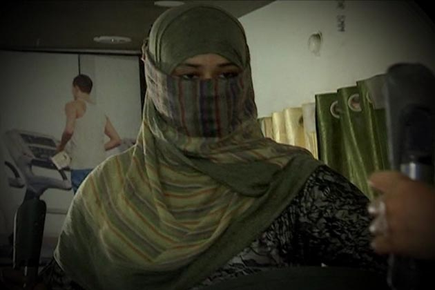 اپنی تہذیب کے دائرہ کے اندر رہ کر مسلم خواتین ایک مقررہ وقت میں ورک آوٹ کرتی ہیں۔