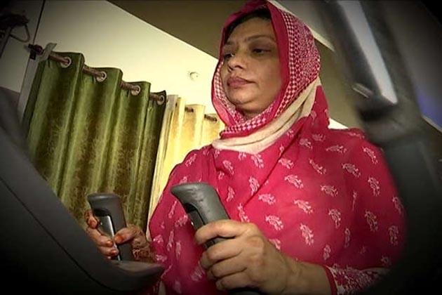 مسلم خواتین کا یہ انداز بتاتا ہے کہ برقع پہن کر اب وہ بہت کچھ کر سکتی ہیں۔