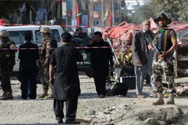 افغانستان میں دو مساجد پر خودکش حملے، اب تک 72 لوگوں کی موت