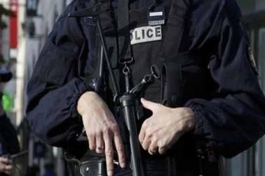 فرانس میں مساجد پر حملے کی منصوبہ بندی کے الزام میں ایک خاتون سمیت 10 مشتبہ افراد گرفتار