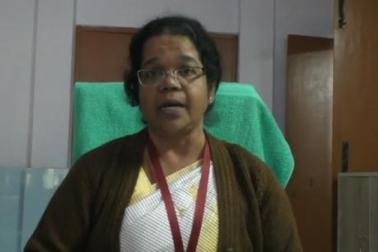 اترپردیش : عیسائی مشنری اسکول کا مسلم والدین کو فرمان ، اسکارف بندھوانا ہے تولڑکی کو مدرسہ میں پڑھائیں