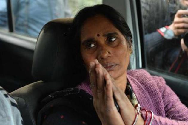 راہل گاندھی کی مدد سے ہی میرا بیٹا پائلٹ بن سکا : نربھیا کی والدہ