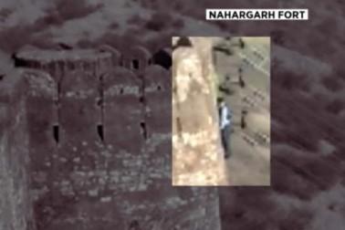 فلم پدماوتی تنازع : جے پور کے قلع پر لٹکی ملی لاش ، پتھروں پر لکھا تھا :ہم پتلے نہیں جلاتے