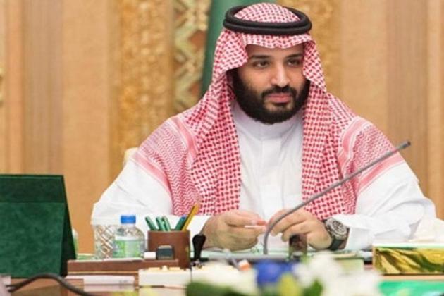 سعودی عرب کے ولی عہد بننے سے قبل شاید ہی کسی نے شہزادہ محمد بن سلمان کا نام سنا ہوگا ، لیکن اس وقت سے لے کر اب تک 32 سال کایہ شہزادہ سعودی حکومت کی سب سے طاقتور شخصیت کے طور پر دیکھا جانے لگا ہے ۔ آئیے جانتے ہیں شہزادہ محمد بن سلمان کے بارے میں ۔ (تصاویر :گیٹی امیجز ) ۔