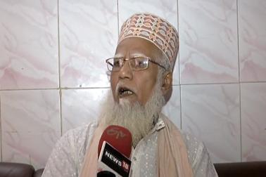 کورٹ کے فیصلہ کے بغیر نہ مسجد بن سکتی ہے اور نہ ہی مندر تو پھر مذہبی جذبات کے ساتھ کیوں کھلواڑ کیا جارہا ہے :احمد آباد شاہی امام