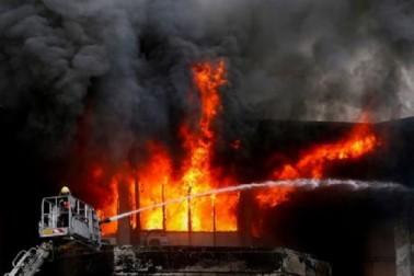 ممبئی کی ایک دکان میں آگ لگنے سے 12 افراد ہلاک، راحتی کام جاری