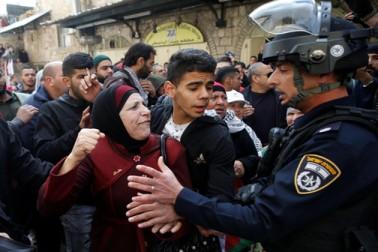 امریکی فیصلہ کے خلاف فلسطین میں احتجاج کا سلسلہ جاری ، اب تک 2000 سے زائد افراد زخمی ، متعدد جاں بحق