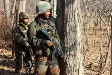 شمالی کشمیر کے ہندواڑہ میں مسلح تصادم، 3 غیرملکی جنگجو اور ایک خاتون ہلاک