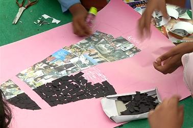 میلے کے اختتام پر مقابلوں میں شرکت کرنے والی بچیوں کوانعامات سے نوازا گیا ۔