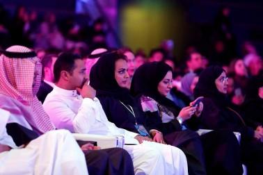 سعودی عرب میں سنیما گھروں کی واپسی: ہالی ووڈ کے معروف اداکار جان ٹراولٹا پہنچے ریاض