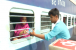 پیام انسانیت فورم کے تحت ریلوے اسٹیشن پر دو ہزار مسافروں میں فوڈ پیکٹ اور پانی تقسیم