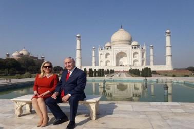 بنجامن نتن یاہو نے اپنی اہلیہ کے ساتھ تاج محل کا دیدار کیا