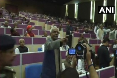 دولت مشترکہ پارلیمانی ایسوسی ایشن کانفرنس میں سشیل مودی کے بیان پر آر جے ڈی کا ہنگامہ اور بائیکاٹ