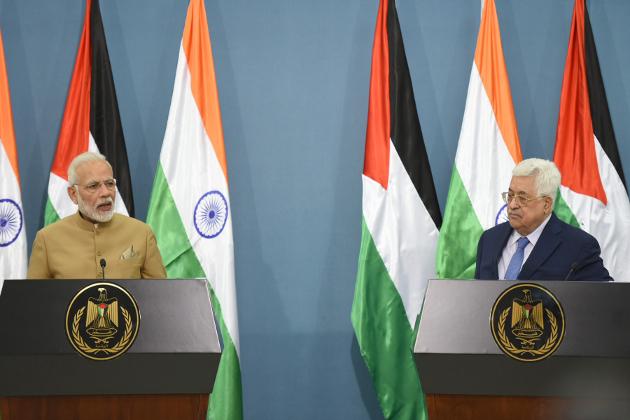 صدر فلسطین محمود عباس کے ساتھ بات چیت کے بعد جاری بیان میں مسٹر مودی نے کہا کہ ہندستان فلسطین میں ایک انسٹی ٹیوٹ آف ڈپلومیسی کے قیام میں مدد کررہا ہے اور مجھے خوشی ہے کہ ہم ترقیاتی تعاون میں آگے بڑھ رہے ہیں۔