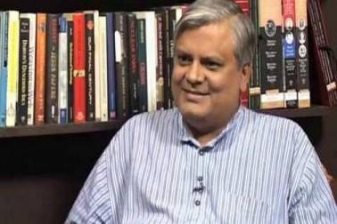 نہیں رہے سینئر صحافی نیلابھ مشر، راہل گاندھی کا رنج و غم کا اظہار