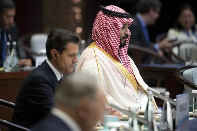 آئی ایم ایف نے دئے ہیں بڑے مشورے : خلیج کے تیل برآمد کنندہ ممالک کو آئی ایم ایف نے ٹیکس لگانے کا مشورہ دیا ہے ۔ تاکہ تیل کے علاوہ بھی ریوینو حاصل ہوسکے ۔ آئی ایم ایف نے خلیجی ممالک سے کارباروباری فائدہ پر ٹیکس لگانے یا ٹیکس میں اضافہ کا مشورہ دیا ہے۔