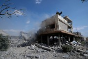 تصاویر :شام میں امریکی میزائل حملوں کے بعد کچھ ایسی ہوئی بشار الاسد کے اہم ٹھکانوں کی حالت
