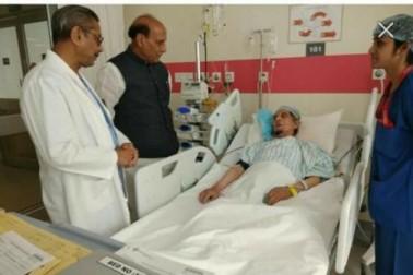معروف شیعہ مذہبی رہنما مولانا کلب صادق میدانتا اسپتال میں داخل ، وزیر داخلہ راجناتھ سنگھ نے کی عیادت