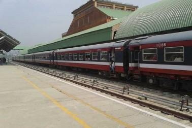 کشمیر میں ہڑتال کے پیش نظر ریل خدمات معطل