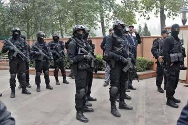 جموں و کشمیر: دہشت گردوں سے نمٹنے کے لئے تعینات ہوئے این ایس جی کمانڈوز