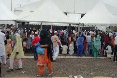 حج کمیٹی کے دعووں کی کھل گئی قلعی، حج کیمپ میں عوام کو مختلف مسائل کا سامنا، لوگوں میں شدید ناراضگی، دیکھیں ویڈیو
