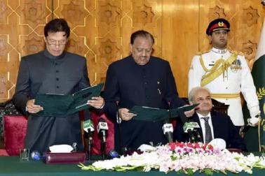 پاکستان کا 22 واں وزیر اعظم بننے کے لئے عمران خان کو کرنا پڑا 22 سال کا انتظار