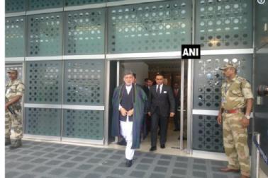 واجپئی کی آخری رسوم میں شرکت کے لئے  ہندستان پہنچے افغانستان سے حامد کر زئی اوربنگلہ دیش سے اے ایچ محمود علی