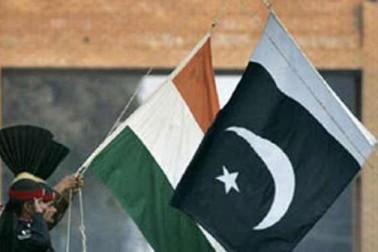 پاکستان نے 30 ہندوستانی قیدیوں اور ہندستان نے سات پاکستانی قیدیوں کو رہا کیا