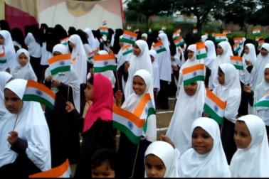 مہاراشٹر : امراوتی کے مدارس میںجوش و خروش کے ساتھ منایا گیا یوم آزادی کا جشن