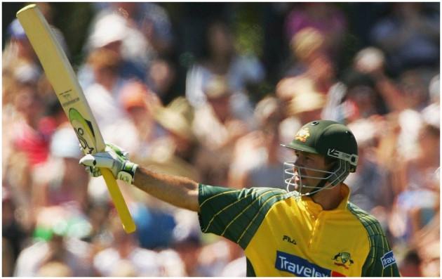 آسٹریلیا کے رکی پونٹنگ 2005 سے 2007 تک ٹیسٹ اور یک روزہ کرکٹ میں نمبر ایک بلے باز تھے ۔