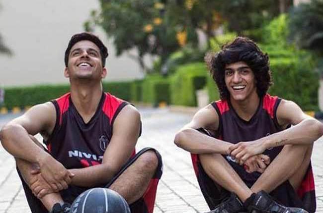 ستمبر 2015 میں آئی چراغ ملہوترا اور پرین پچوری کی فلم 'ٹائم آوٹ' بھی ایک ہم جنس پرست کرادر کے آس پاس گھومتی ہے۔