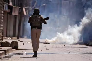 کشمیر میں اغوا کے بعد تین پولیس اہلکاروں کا قتل ، حزب المجاہدین نے دی تھی نوکری چھوڑنے کی دھمکی