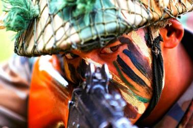 جموں ۔ کشمیر : سکیورٹی فورسز سے انکاؤنٹر میں 3 ملیٹنٹ ہلاک ، ایک جوان شہید