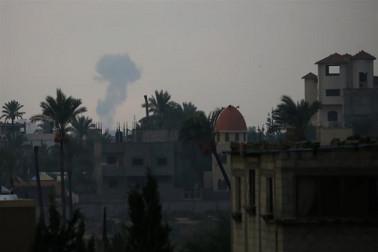 اسرائیل میں راکٹ داغے جانے کے بعد اسرائیلی فوج کی جوابی کارروائی میں ایک فلسطینی شہید