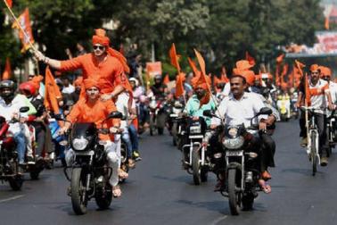 مراٹھا ریزرویشن کے لئے تحریک نہیں بلکہ یکم دسمبر کو جشن منایا جائے: فڑنویس کا اعلان