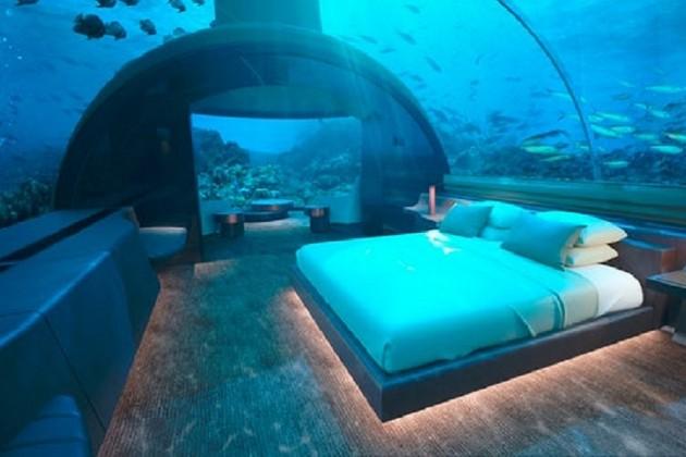 سمندر کے اندر اس ہوٹل کو مالدیپ رنگالی آئسلینڈ اینڈ ریسارٹ نے بنایا ہے۔ اس میں تقریباََ 108 کروڑ روپیے خرچ ہوئے