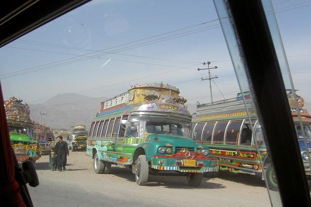 ان کے گوبر سے بنی میتھین گیس سے کراچی میں 200 بسیں چلیں گی۔ جس سے تقریبا 1.5 ملین مسافروں کو اس کا فائدہ ہوگا ۔