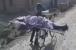 چھوٹی ذات کا'  کہہ کر پڑوسیوں نے پھیرا منہ، بیٹے نے سائیکل پر نکالا ماں کا جنازہ'