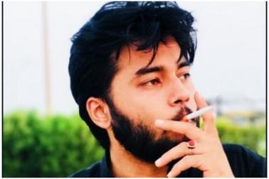 پاکستانی لڑکا ماں کی طلاق کے 23 سال بعد کر رہا ان کی یہ خواہش پوری، جان کر ہو جائیں گے حیران