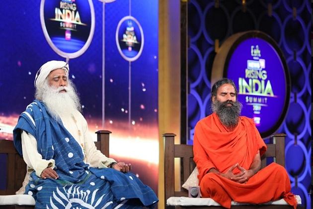 بابا رام دیو نے کہا کہ ایک طرف ہم خوشحالی کی بات کرتے ہیں اور دوسری طرف ذات پات آجاتا ہے ۔ ایسے میں ملک کیسے آگے بڑھے گا ۔ ملک کو آگے لے کر کون جائے گا رائزنگ انڈیا کا ایک سوال یہ بھی ہے ۔