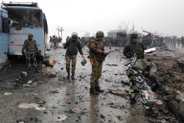 پلوامہ دہشت گردانہ حملہ سے پاکستان نے جھاڑا پلہ، لگائے ہندوستان پر ہی الزامات