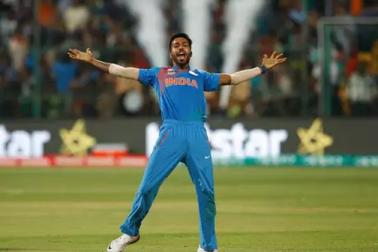 ٹیم انڈیا کو بڑا جھٹکا ، آسٹریلیا کے خلاف ٹی 20 اور ون ڈے سیریز سے ہاردک پانڈیا باہر، اس کھلاڑی کو ملی جگہ