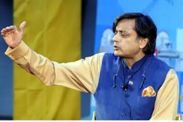 سرینڈر کرنے سے بھی برا ہوگا ورلڈ کپ میں پاکستان کے ساتھ میچ نہیں کھیلنا : ششی تھرور