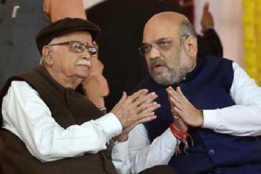 لوک سبھا الیکشن: بی جے پی کی پہلی فہرست جاری، امت شاہ کے لئے کٹ گیا اڈوانی کا ٹکٹ، نریندرمودی سمیت 184 امیدواروں کا اعلان
