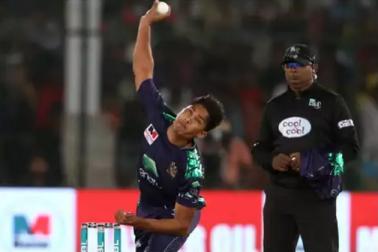 پاکستان کے اس 18 سالہ گیندباز نے سب کو بنایا اپنا مرید، لوگ بتا رہے ہیں پاک کرکٹ کا مستقبل