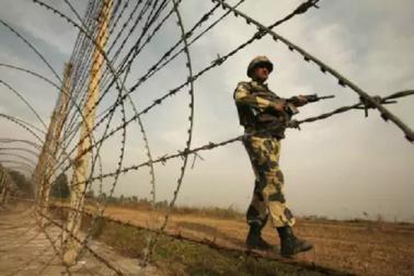 پاکستانی فوج نے پھرکی سیزفائر کی خلاف ورزی، ایک جوان شہید