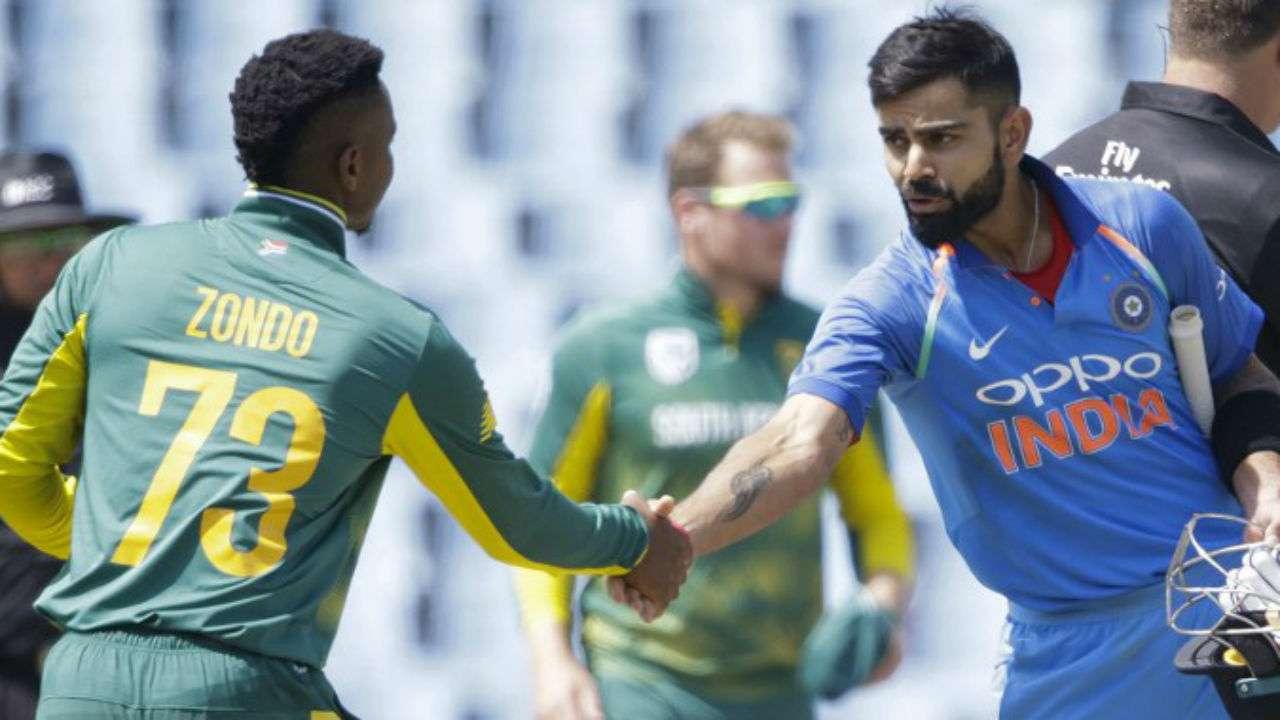 جنوبی افریقہ کو بھی ورلڈ کپ کی بڑی ٹیموں میں شمار کیا جاتا ہے ۔ ٹیم انڈیا ورلڈ کپ میں ایک ہی میچ جنوبی افریقہ سے جیت پائی ہے جبکہ تین میچوں میں ٹیم کو شکست کا سامنا کرنا پڑا ہے ۔ ( فوٹو کریڈٹ : آئی سی سی آئی ) ۔